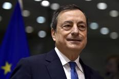 European Central Bank (ECB) President Mario Draghi exchanges views during a Monetary Dialogue with the European Parliament's Economic and Monetary Affairs Committee in Brussels, Belgium, November 12, 2015. REUTERS/Eric Vidal