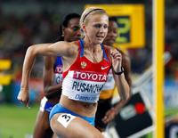 Yuliya Rusanova of Russia competes during the woman's 800 metres semi-final heat 1 at the IAAF World Championships in Daegu September 2, 2011.   REUTERS/Michael Dalder (SOUTH KOREA  - Tags: SPORT ATHLETICS)   - RTR2QO06
