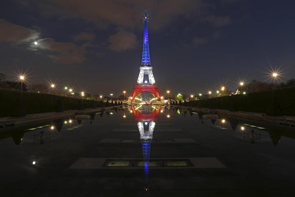 Explosion und Schießerei in Paris! - Seite 4 ?m=02&d=20151125&t=2&i=1097524477&w=976&fh=&fw=&ll=&pl=&sq=&r=2015-11-25T041612Z_19821_GF20000071120_RTRMADP_0_FRANCE-SHOOTING