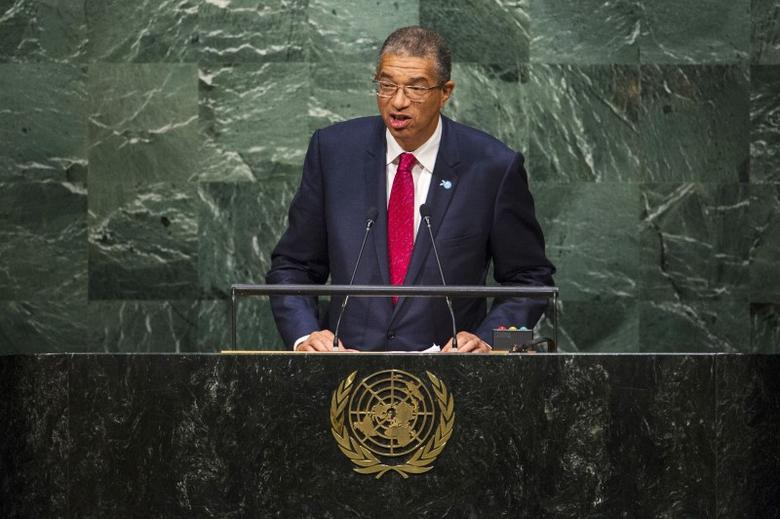 Benin's Prime Minister Lionel Zinsou addresses attendees during the 70th session of the United Nations General Assembly at the U.N. Headquarters in New York, September 30, 2015.  REUTERS/Eduardo Munoz