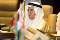 """El ministro de Petróleo de Arabia Saudita, Ali al-Naimi, durante una reunión en Doha, 10 de septiembre de 2015. Una fuente del sector petrolero de Arabia Saudita describió el jueves como """"infundados"""" los reportes de medios sobre una propuesta del país para equilibrar los mercados petroleros mediante recortes en la producción de la OPEP. REUTERS/Naseem Zeitoon"""