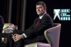 Australian billionaire James Packer, co-chairman of Melco Crown Entertainment, attends a news conference at Melco Crown's Studio City in Macau, China October 27, 2015.