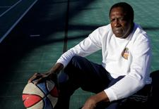 "Former Harlem Globetrotter and Basketball Hall of Famer Meadow ""Meadowlark"" Lemon poses for a portrait in Scottsdale, Arizona December 7, 2010. REUTERS/Joshua Lott"