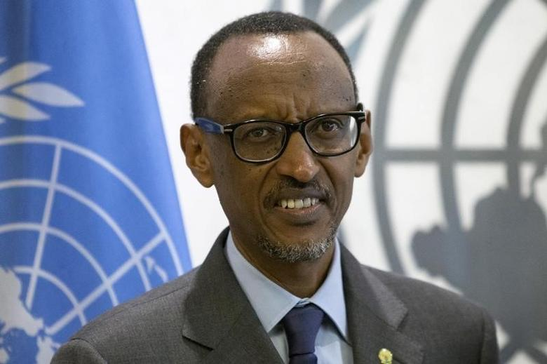 Rwandan President Paul Kagame poses for the media during a meeting with U.N. Secretary-General Ban Ki-moon during the United Nations General Assembly at the United Nations in Manhattan, New York, October 2, 2015. REUTERS/Andrew Kelly