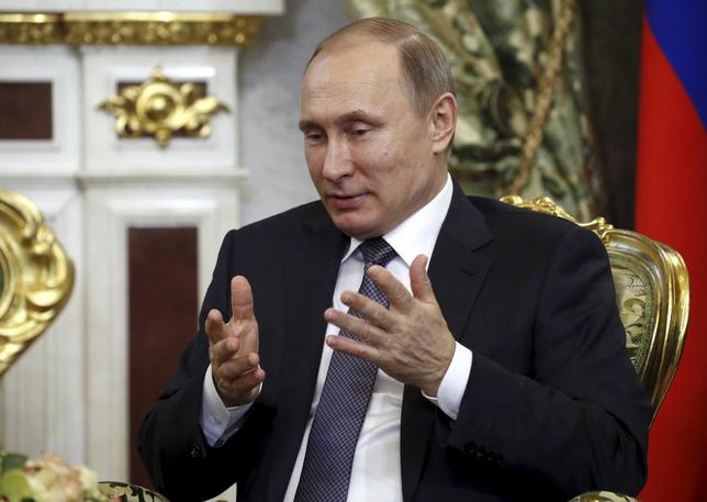 1月2日、ロシアの安全保障戦略の基本方針を示す文書で、脅威の1つとして初めて米国が名指しされ、近年悪化しているロシアと西側諸国の関係を反映する形となった。写真はプーチン大統領、モスクワで12月代表撮影(2016年 ロイター/Maxim Shipenkov)