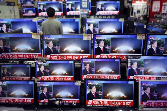 1月6日、韓国の聯合ニュースによると、韓国の情報機関は、北朝鮮が水爆実験を実施していない可能性があると指摘した。ソウルで撮影(2016年 ロイター/Kim Hong-Ji)