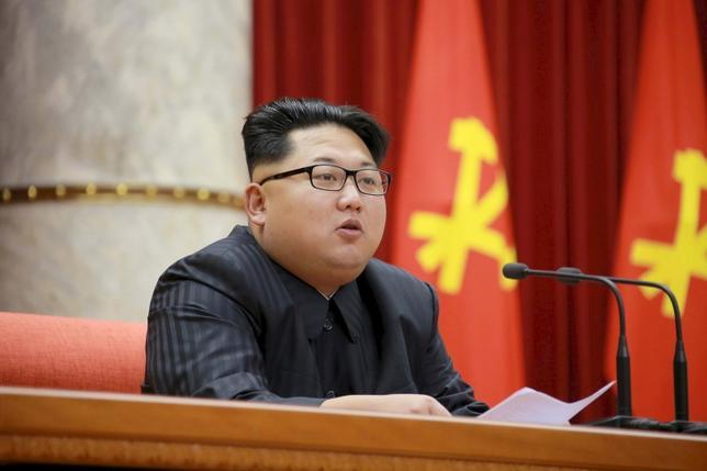 1月6日、北朝鮮による4度目の核実験の影響はいかなるものか。写真は同国の金正恩第1書記。平壌で昨年12月提供写真(2016年 ロイター/KCNA/Files)