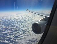 """Les équipementiers aéronautiques français s'attendent à une année """"difficile"""" car ils doivent investir pour préparer la forte montée des cadences de production sans en bénéficier pour l'instant. /Photo d'archives/REUTERS/Albert Gea"""