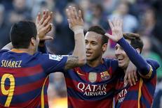 Trio de ataque do Barcelona durante partida da Liga Espanhola.    09/01/2016    REUTERS/Albert Gea