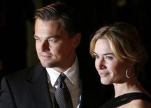 Ator Leonardo DiCaprio e atriz Kate Winslet em Londres. 18/01/2009  REUTERS/Luke MacGregor