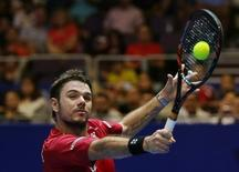 Men's Singles - Singapore Slammers' Stanislas Wawrinka in action during the match. International Premier Tennis League - Singapore Indoor Stadium, Singapore - 19/12/15. Action Images via Reuters / Jeremy Lee Livepic