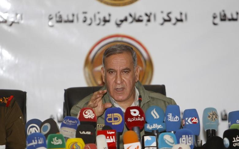 Iraq's Defence Minister Khaled al-Obeidi speaks during a news conference in Baghdad,  December 19 2015.  REUTERS/Khalid al-Mousily