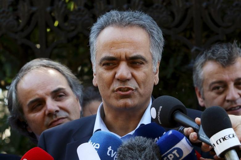 Newly appointed Energy Minister Panos Skourletis addresses the media before a swearing in ceremony  at the Presidential Palace in Athens, Greece, July 18, 2015.   REUTERS/Yiannis Kourtoglou