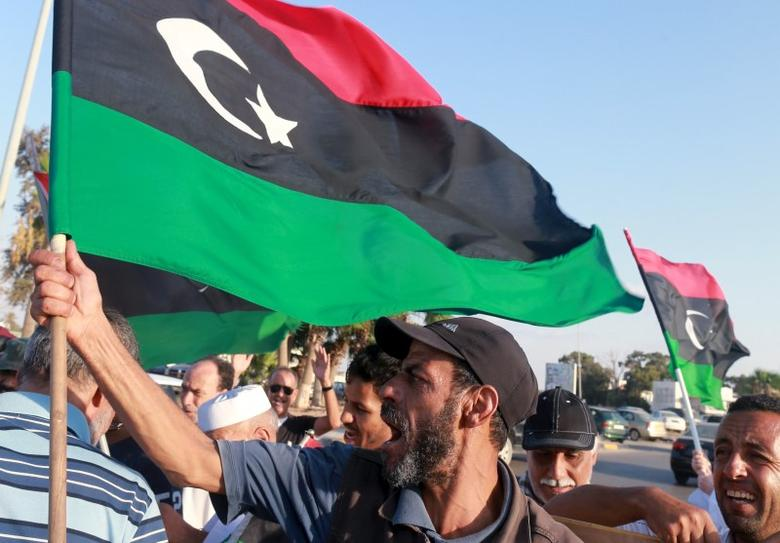 Protest against the U.N. to draft agreement talks headed by the Head of United Nations Support Mission in Libya, Bernardino Leon in Benghazi, September 18, 2015.  REUTERS/Esam Omran Al-Fetori