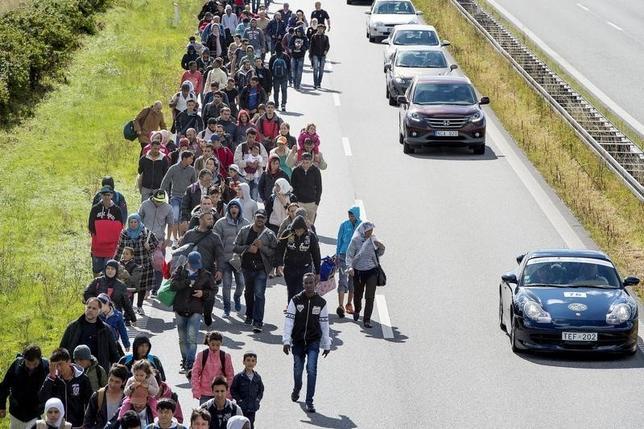 1月26日、デンマーク議会は、中東などからの難民・移民流入を抑制するため、難民申請者の財産を政府が没収できる法律を賛成多数で可決した。写真はデンマークのロドビーで昨年9月撮影。Scanpix提供(2016年 ロイター)