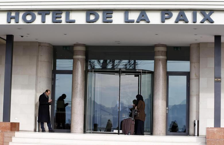 The Hotel de la Paix (hotel of peace) where Syrian opposition leaders hold a meeting is pictured in Lausanne, Switzerland January 27, 2016. REUTERS/Denis Balibouse