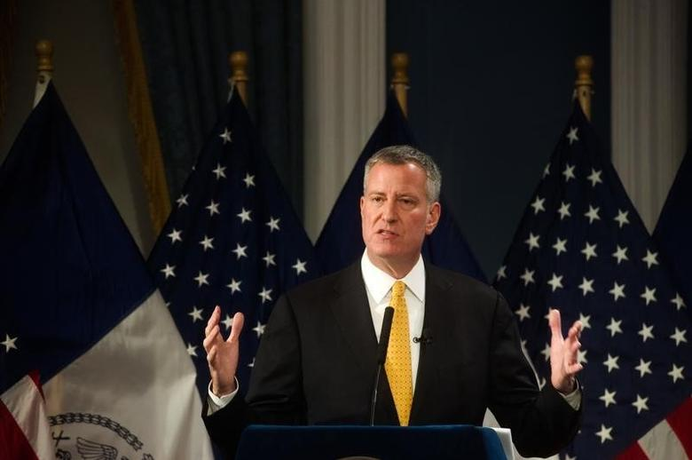 New York City Mayor Bill de Blasio  at City Hall in New York January 21, 2016.  REUTERS/Hilary Swift/Pool