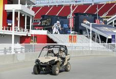 U.S. military are pictured on patrol before NFL Super Bowl 50 outside Levi's Stadium in Santa Clara, California, United States, February 6, 2016. REUTERS/Mike Blake