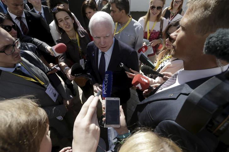 U.S. Senator John McCain speaks to media during the inauguration ceremony of the NATO Strategic Communications Centre of Excellence (StratCom COE) in Riga, Latvia, August 20, 2015. REUTERS/Ints Kalnins