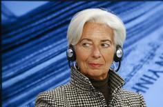 La jefa del Fondo Monetario Internacional, Christine Lagarde, fue nominada para un segundo período como directora gerente del organismo, dijo el FMI el jueves en un comunicado. En la foto, Christine Lagarde, directora ejecutiva de FMI durante una reunión del Foro Mundial Económico en Davos, Suiza, el 21 de enero de 2016. REUTERS/Ruben Sprich