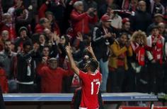 Jonas comemora gol do Benfica contra o Zenit São Petersburgo.  16/02/16.  REUTERS/Rafael Marchante