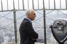 Franz Beckenbauer, em evento no Empire State Building  em Nova York  17/4/2015 REUTERS/Lucas Jackson
