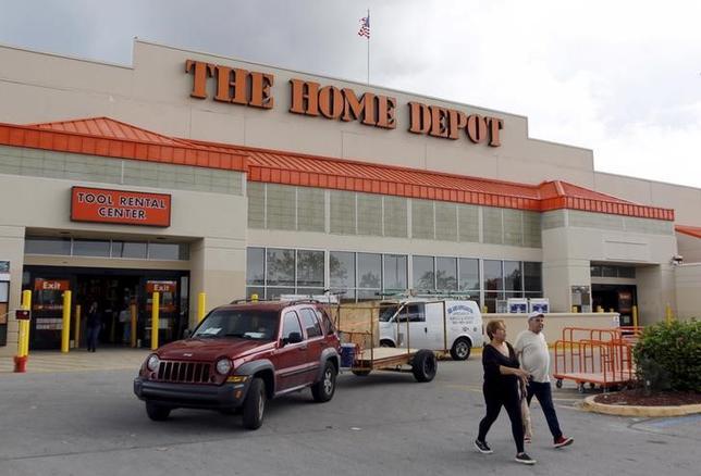 A Home Depot store is shown in the Little Havana neighborhood in Miami, Florida, September 18, 2015. REUTERS/Joe Skipper