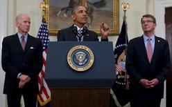 """El presidente de Estados Unidos, Barack Obama, en una rueda de prensa para informar sus planes para cerrar la prisión de la Bahía Guantánamok, feb 23, 2016. Obama pidió el martes al Congreso que realice una """"evaluación justa"""" sobre su plan para cerrar la prisión de la Bahía de Guantánamo situada en Cuba, y añadió que no desea que la persona que lo suceda en el poder tenga que seguir lidiando con el tema.   REUTERS/Carlos Barria"""