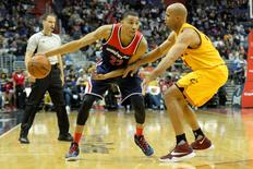 Feb 28, 2016; Washington, DC, USA; Washington Wizards forward Otto Porter Jr. (22) dribbles as Cleveland Cavaliers forward Richard Jefferson (24) defends during the second half at Verizon Center.  Mandatory Credit: Tommy Gilligan-USA TODAY Sports