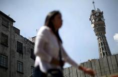 A dos semanas del plazo para presentar ofertas vinculantes por una participación en la compañía de antenas italiana Inwit, el grupo español de telecomunicaciones terrestres Cellnex reafirmó el martes su apuesta por Italia. Imagen de archivo de una torre de telecomunicaciones en Ciudad de México, el 8 de octubre de 2015. REUTERS/Edgard Garrido