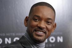 Will Smith chega para evento em Nova York.  16/12/2015.    REUTERS/Mike Segar