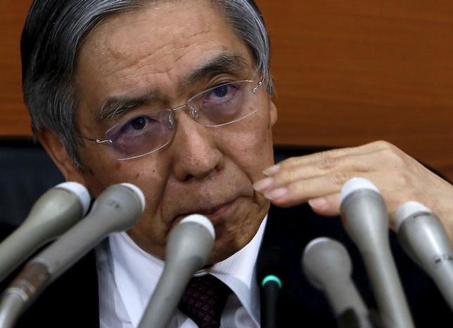 3月3日、日銀の黒田東彦総裁は午前の参院予算委員会に出席し、マイナス金利政策について市場参加者を含む幅広い国民に対して引き続き丁寧な説明を行っていきたいと述べた。写真は都内で1月撮影(2016年 ロイター/Yuya Shino)