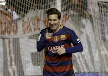 Lionel Messi, do Barcelona, comemora gola contra o Rayo Vallecano no Campeonato Espanhol. 03/03/2016 REUTERS/Sergio Perez
