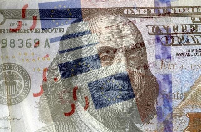 3月4日、午後3時のドル/円は、前日ニューヨーク市場午後5時時点に比べ、ややドル高/円安の113円後半だった。写真はブルガリアで昨年3月撮影(2016年 ロイター/Stoyan Nenov)