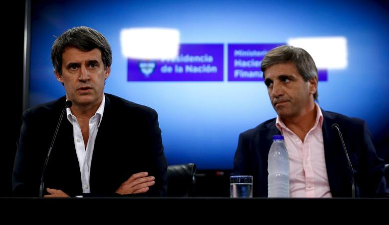 Argentina's Finance Minister Alfonso Prat-Gay (L) speaks next to Finance Secretary Luis Caputo during a news conference in Buenos Aires, Argentina, February 29, 2016.   REUTERS/Marcos Brindicci