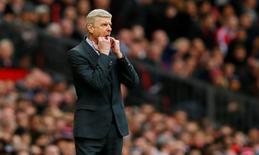 Técnico do Arsenal, Arsene Wenger, durante partida da Liga Inglesa.    28/02/2016 Action Images via Reuters / Jason Cairnduff Livepic