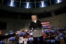Pré-candidata presidencial democrata dos EUA Hillary Clinton em evento de campanha em Detroit. 07/03/2016 REUTERS/Carlos Barria