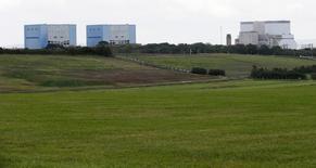 La crise au sommet chez EDF en raison d'un désaccord sur les modalités de financement du projet nucléaire de Hinkley Point n'est pas sans risque pour la Grande-Bretagne, qui a un besoin vital de mener à bien la construction de ces deux réacteurs de type EPR.. /Photo d'archives/REUTERS/Suzanne Plunkett