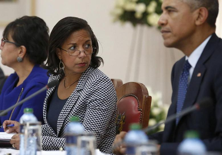 U.S. National Security Advisor Susan Rice (C) joins President Barack Obama as he participates in a bilateral meeting at the State House in Nairobi, in this July 25, 2015 file photo.  REUTERS/Jonathan Ernst/Files