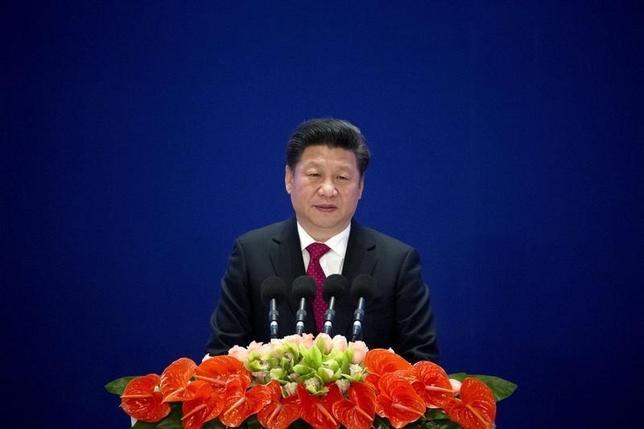 3月14日、同日付のチャイナ・デーリーによると、中国の習近平国家主席は13日、中国人民解放軍は最先端技術の開発に力を注ぐべきだ、との考えを示した。写真は北京で1月代表撮影(2016年 ロイター)