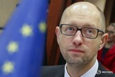 Ukrainian Prime Minister Arseny Yatseniuk attends a EU-Ukraine Association Council at the EU Council headquarters in Brussels, Belgium, December 7, 2015.  REUTERS/Yves Herman - RTX1XIJZ