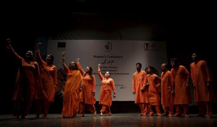 Pakistani dancer Sheema Kirmani and her troupe perform during a conference on International Women's Day, organised by Tehrik-e-Niswan, a cultural action group working on women's development through theatre, at the Art's Council in Karachi, Pakistan, March 8, 2016. REUTERS/Akhtar Soomro