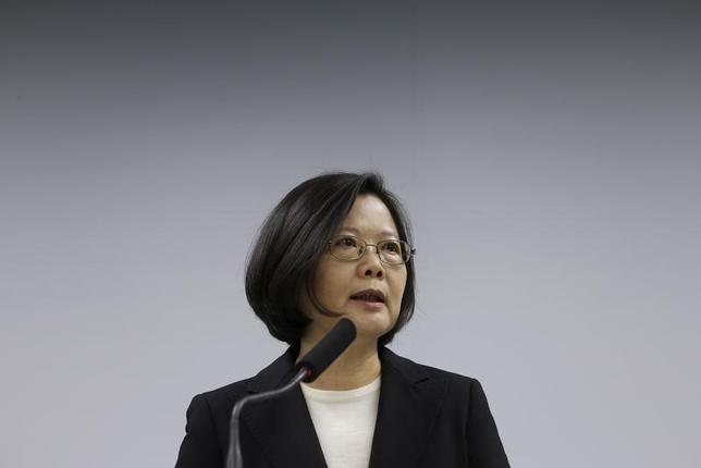 Taiwan president-elect Tsai Ing-wen speaks during a news conference announcing former finance minister Lin Chuan as premier, in Taipei, Taiwan March 15, 2016. REUTERS/Tyrone Siu