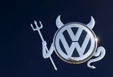 File photo of the embellished VW logo on a Volkswagen car in Hanau, Germany November 12, 2015. REUTERS/Kai Pfaffenbach/Files