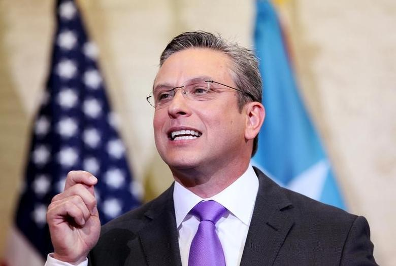 Puerto Rico's Governor Alejandro Garcia Padilla addresses the audience at the capitol building in San Juan, February 29, 2016. REUTERS/Alvin Baez
