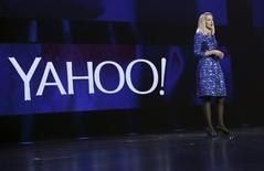 La presidenta ejecutiva de Yahoo, Marissa Mayer, durante una presentación en Las Vegas, Nevada. 7 de enero de 2014. Starboard Value LP pidió el jueves la destitución de la junta directiva de Yahoo Inc, incluyendo a su presidenta ejecutiva, Marissa Mayer, quien no ha logrado reflotar la compañía tras  casi cuatro años en el puesto. REUTERS/Robert Galbraith