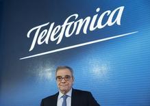 Cesar Alierta, em apresentação anual de resultados da Telefónica em 2015, na sede da empresa, em Madrid, Espanha. 26 de fevereiro de 2016. REUTERS/Juan Medina