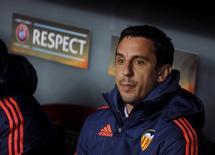 Técnico Gary Neville, que foi demitido do Valencia. 10/03/2016 REUTERS/Vincent West