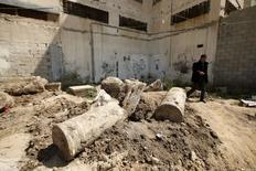 Ruínas antigas que arqueólogos dizem ser parte de uma igreja do período bizantino em Gaza. 04/04/2016 REUTERS/Mohammed Salem