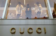 Logo da Gucci visto em loja na Suíça.   19/03/2016    REUTERS/Arnd Wiegmann